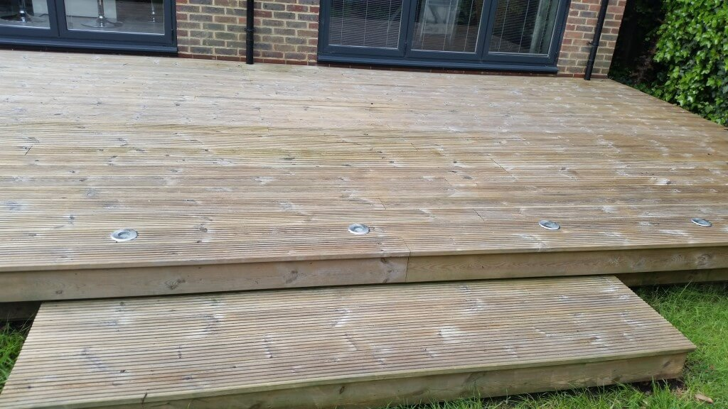 Decking After Cleaning But Before Oiling