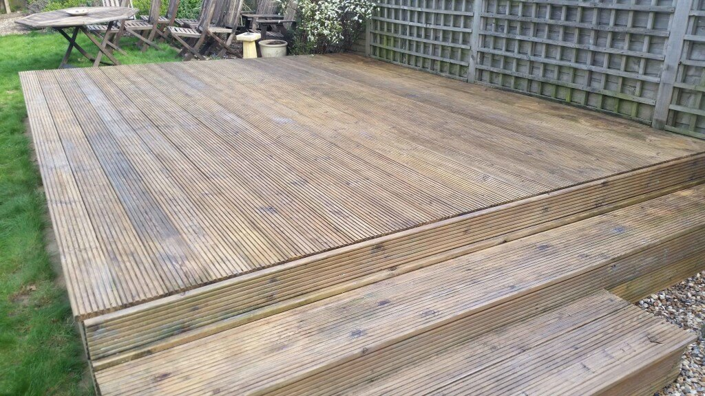 Decking given the Dirty Drive-Away Treatment